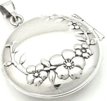 Locket - ROUND FLOWERS - Sterling Silver