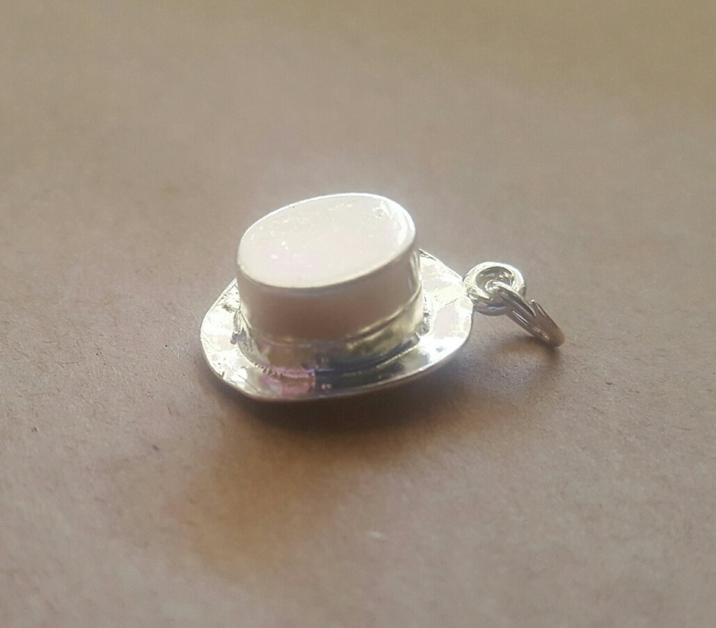 Charm - TOP HAT & RABBIT - Sterling Silver or 9ct Gold