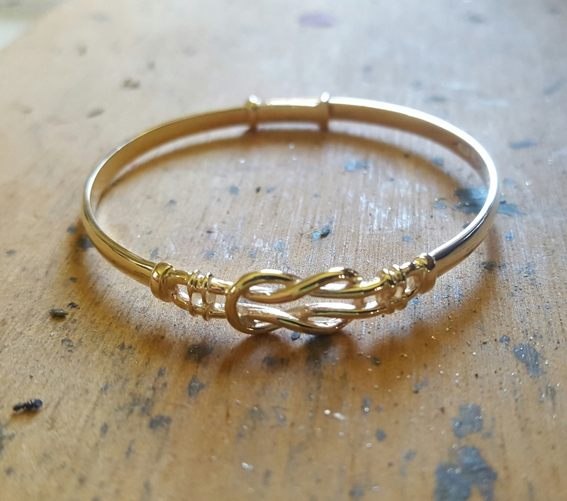 Australian Made Love Knot Bangle For Baby In Solid Gold Or