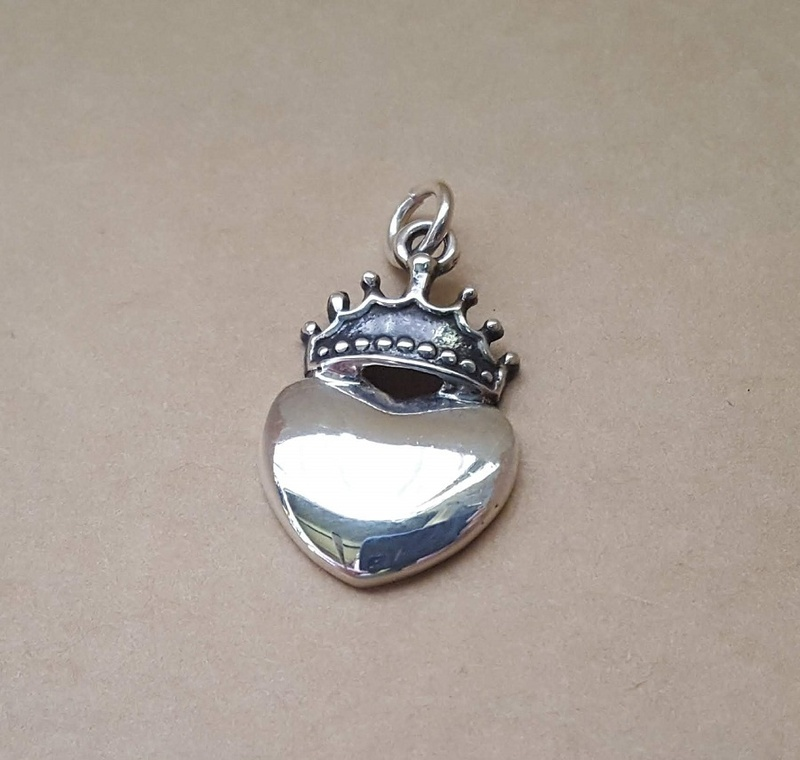 Pendant - LOVE REIGNS - Sterling Silver