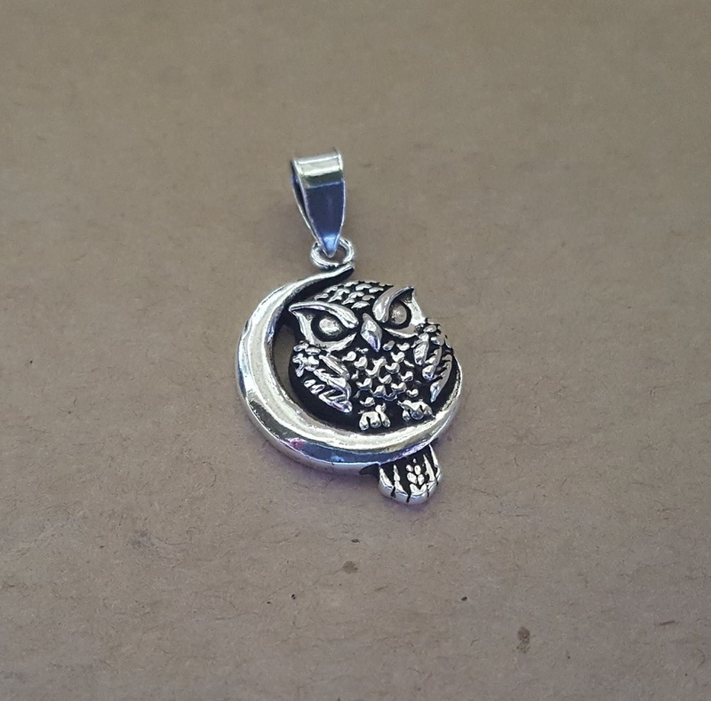 Pendant - OWL & MOON - Sterling Silver