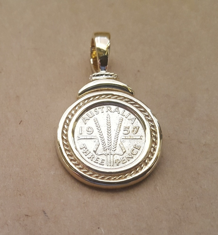 Pendant - AUSTRALIAN THREE PENCE COIN - 9ct Gold