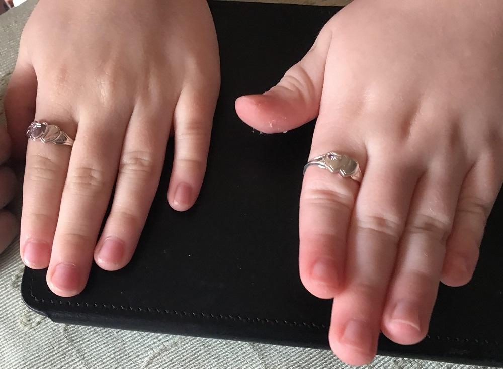 girl's signet ring sizes